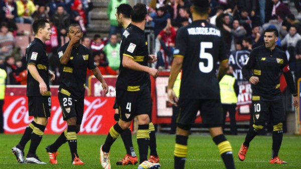 El Sevilla ha terminado la primera vuelta del campeonato sin conocer la victoria como visitante/ EFE