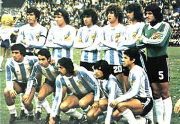 El combinado argentino que enfrentó a Polonia el día que la Junta Militar liderada por Videla dio el golpe de Estado de 1976/ AFA